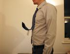 第3天:名片主持人领带
