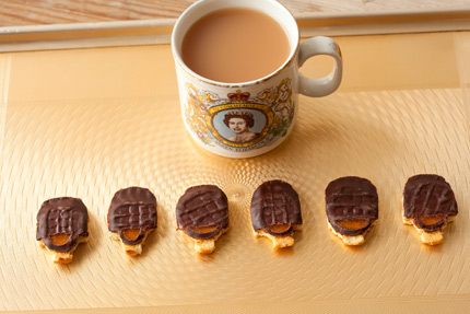 The Queen's Guards Jaffa Cakes