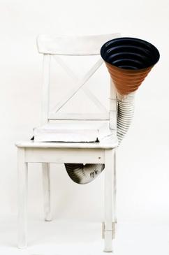 Sit down horn